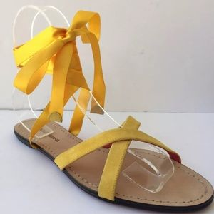 DOLCE & GABBANA Yellow Wrap Flat Sandals Shoes